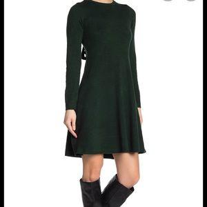 NWT hunter green Vince Camuto dress